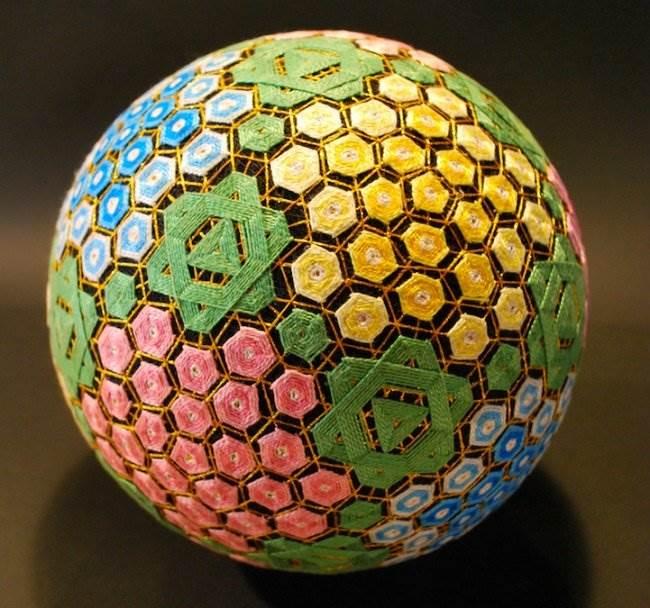 японские плетёные шары