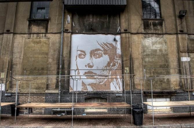 Португальский стрит-арт художник