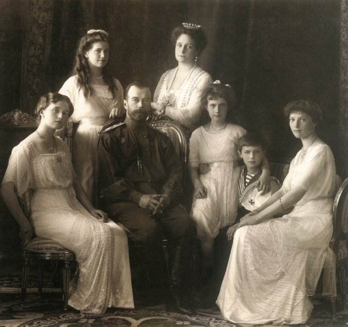 Семья Романовых фото