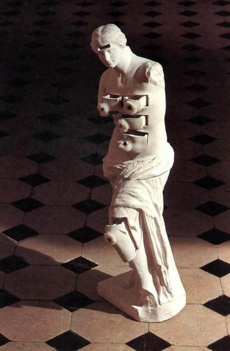 Венера Милосская с ящиками Дали