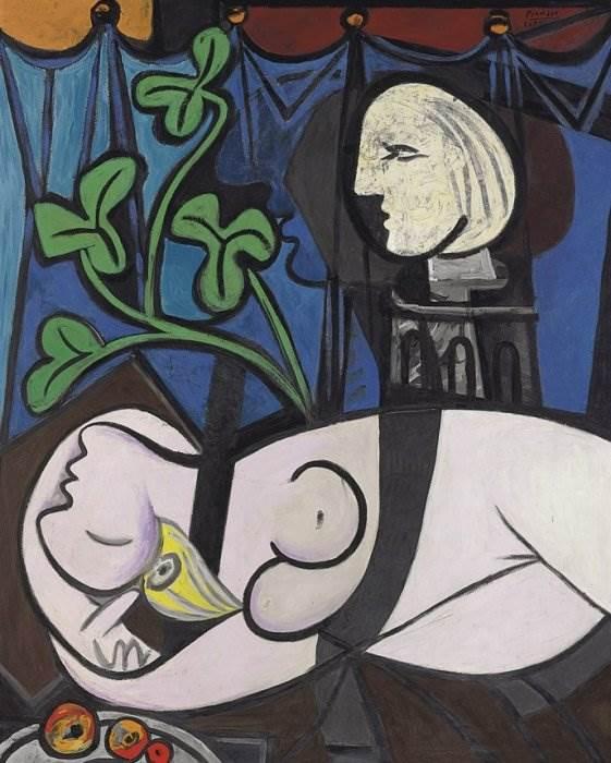 Обнажённая, зелёные листья и бюст Пикассо