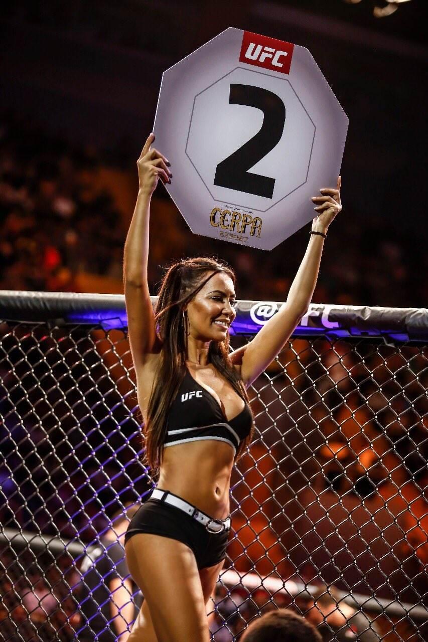 Самые известные и красивые ринг-гёрлз супер новости