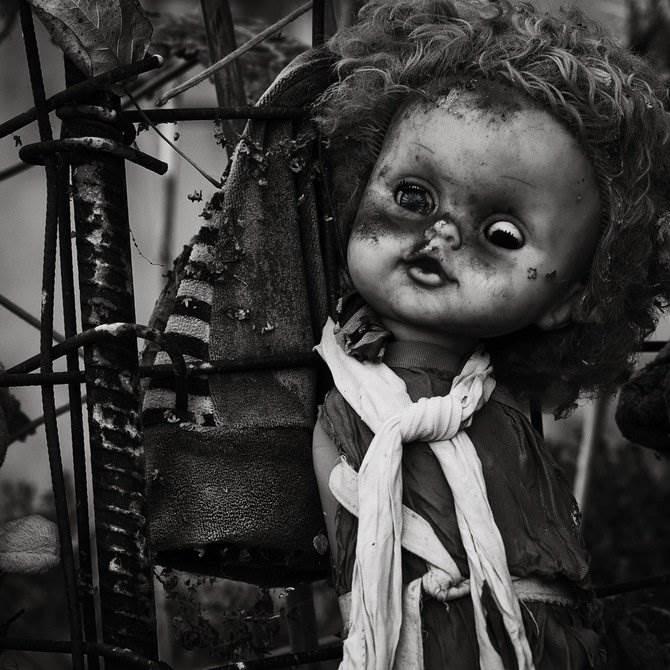 Картинки брошенных кукол