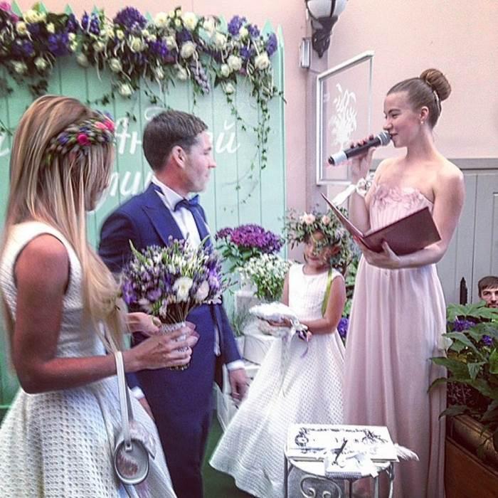 ногтей свадебное платье даны борисовой фото популярность получил благодаря