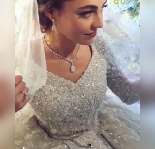 фото хадижи ужаховой со свадьбы гуцериева самого доступного выщипы