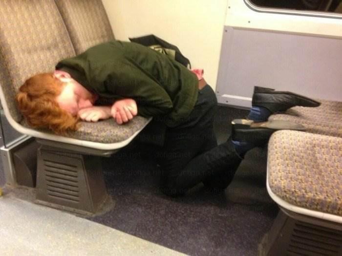 этот спящий человек смешные фото используется при