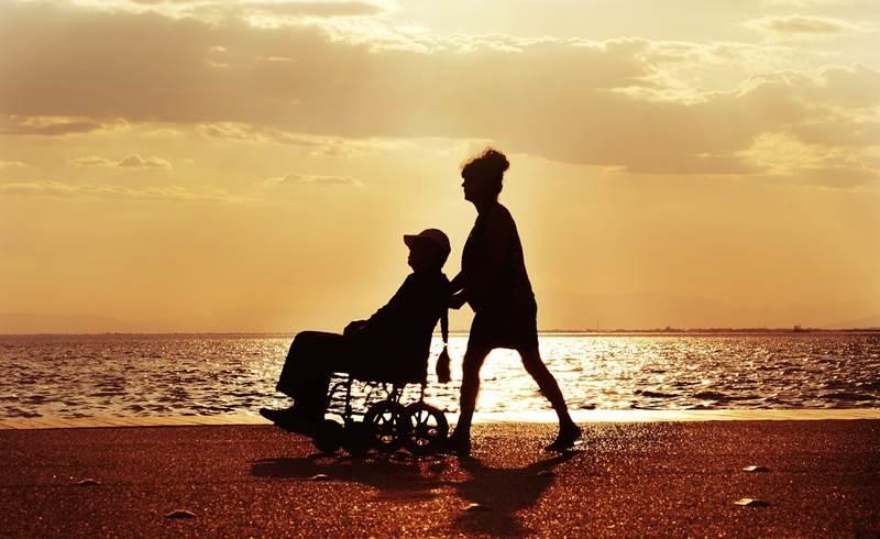 Инвалидная коляска фото