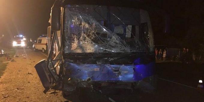 В ДТП с автобусом на Кубани погибли три человека фото