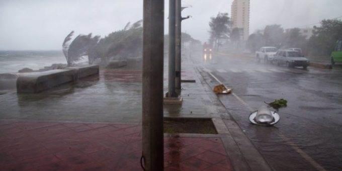 Ураган Флоренс в США фото
