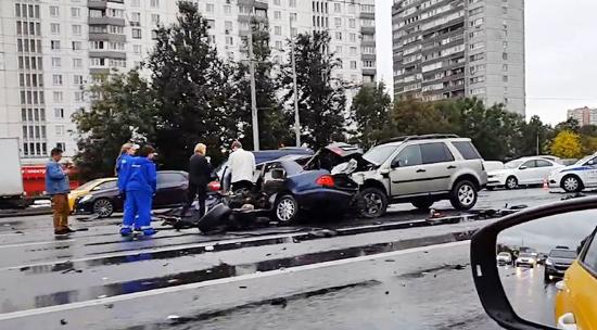 ДТП на Кутузовском проспекте 16.09.2018 фото