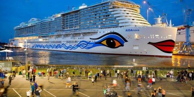 Как выглядит крупнейший в мире круизный корабль изнутри фото