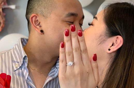 Смешная фотография с помолвки стала вирусной
