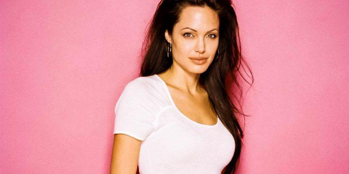 Лучшие фильмы Анджелины Джоли