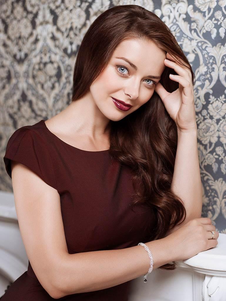 Галерея российских актрис позируют фотках