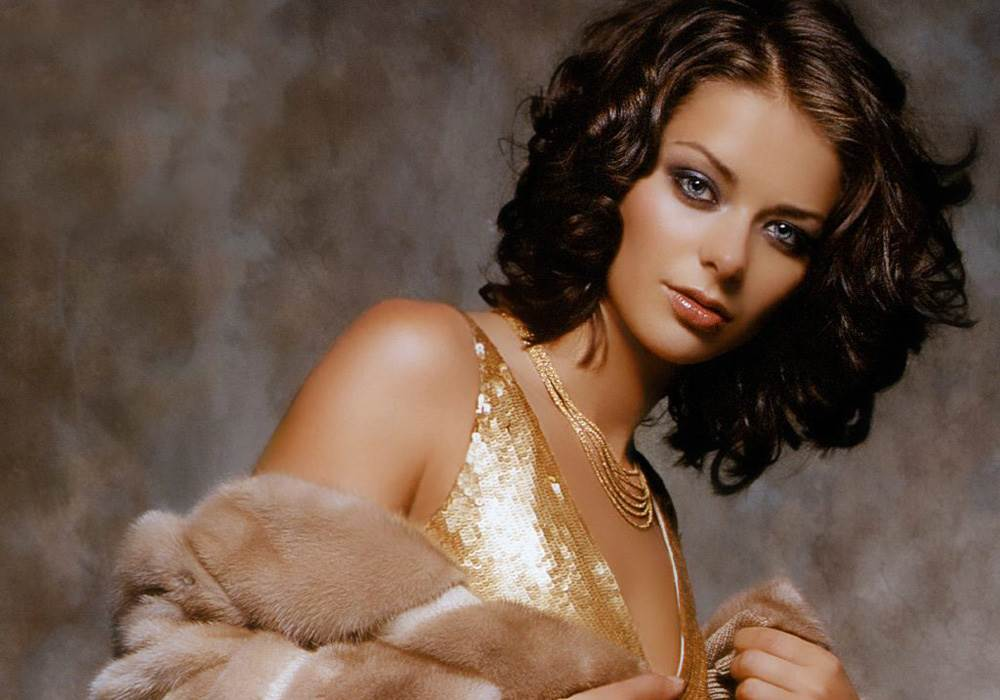инициалы на фотографиях красивых актрис россии школу пришли все