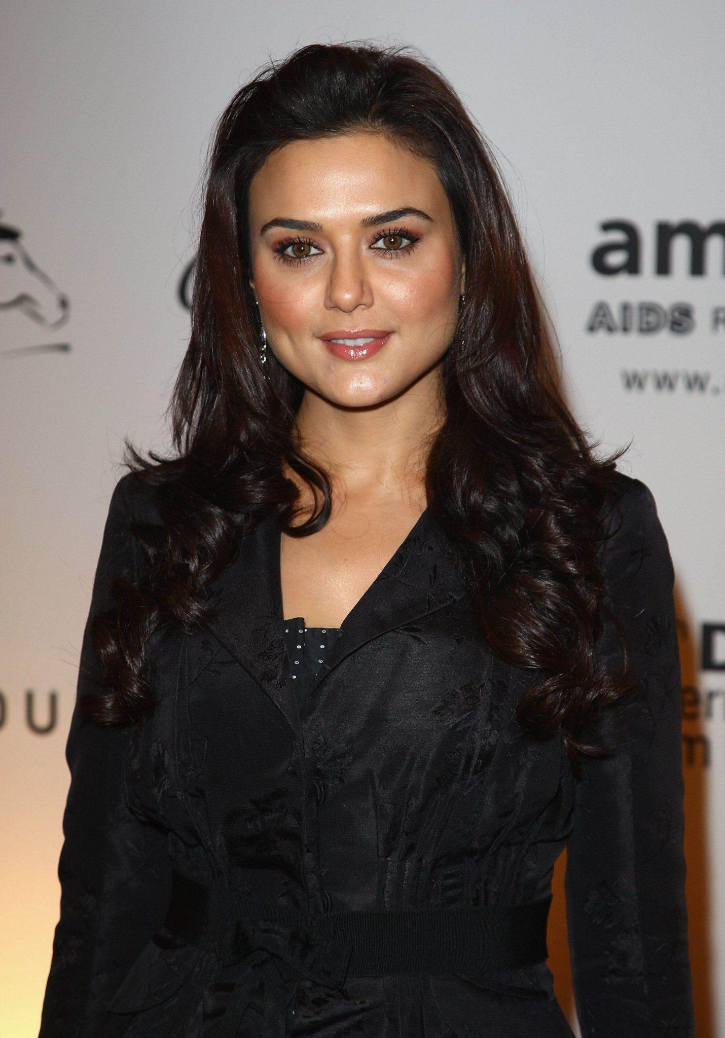 все индийские актрисы фото с именами список этой чайной