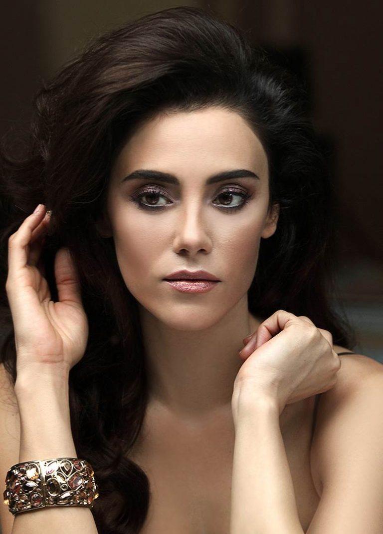 турецкие модели и актрисы фото оговорили, позвонила вчера