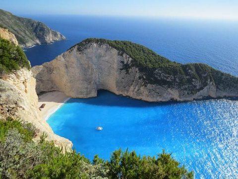 Остров Корфу в Греции фото