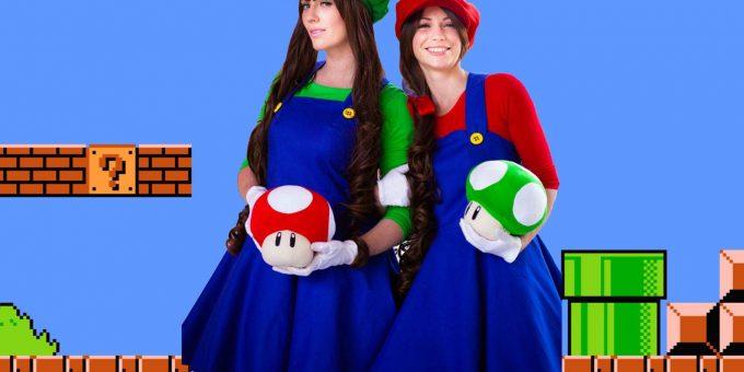 Девушки переоделись в Супер Марио, получилось красиво