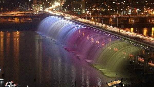 Мост фонтан Банпо. Сеул
