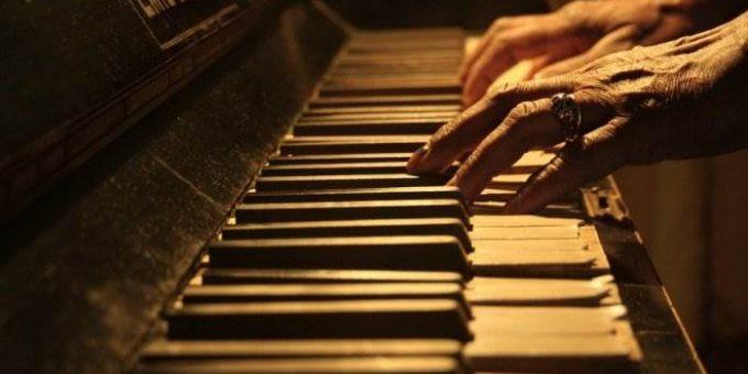 Старое пианино вернуло меня в детство