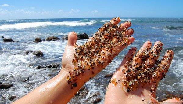 Стеклянный пляж в Калифорнии фото