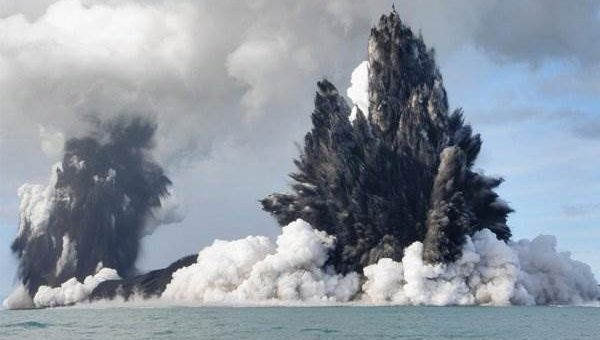 Тонга вулкан извержение (12 фото)