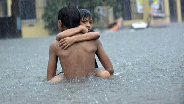 Тайфун Кетсана на Филиппинах фото