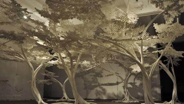 Том Прайс - искусственный Вишнёвый Сад