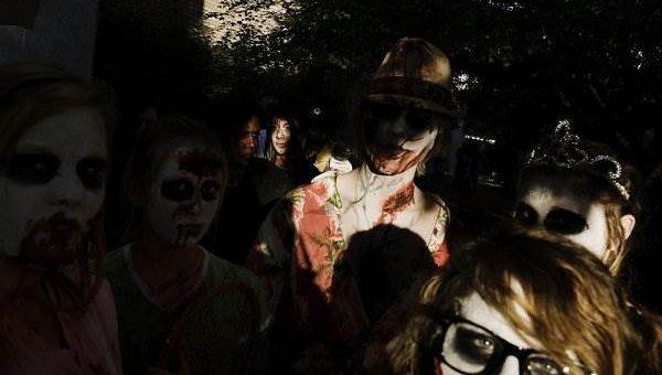 Фестиваль зомби в Монровилл (11 фото)