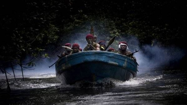 Нигерия пираты (18 фото)