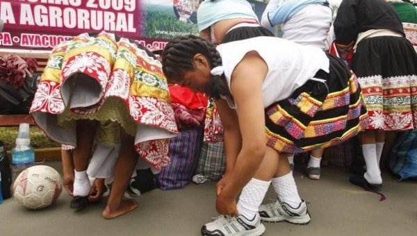 Женский футбол в Перу фото