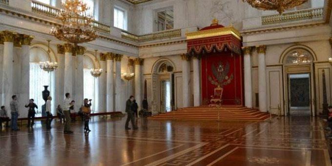 Георгиевский зал Эрмитажа фото