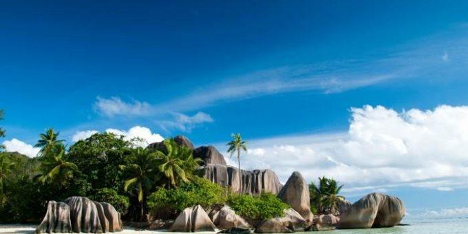Самый красивый пляж в мире Ансе Сурс Д\'Аржан (Anse Source D\'Argent)