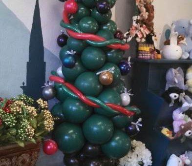 Новогодние ёлки из подручных средств или ёлки без ёлки