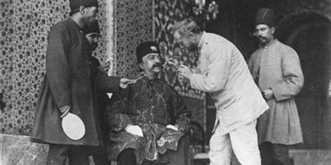 Иранский шах Насер ад-Дин Шах Каджар и его гарем