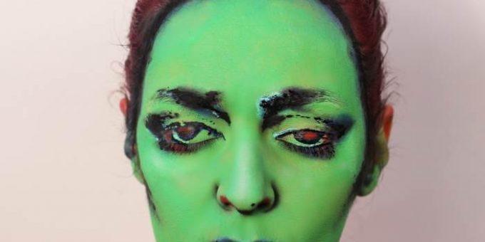 Боди-арт на лице художницы Натали Шарп