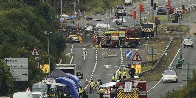 Падение самолёта в Англии 22 августа 2015 фото и видео