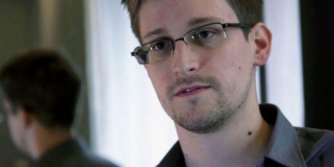 Эдвард Сноуден завел аккаунт в Twitter