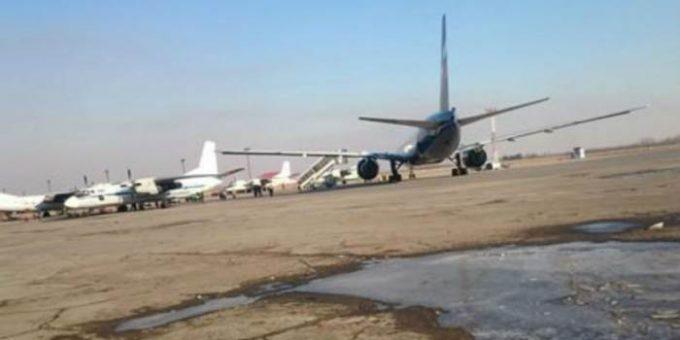 В Хабаровске столкнулись два самолёта Boeing 777 и Ан-26 фото