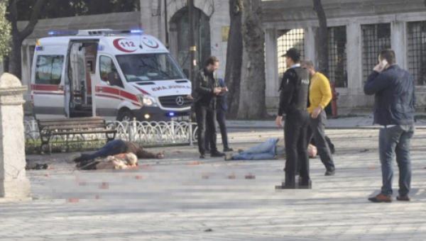 В Стамбуле прогремел взрыв 12.01.2016 фото и видео