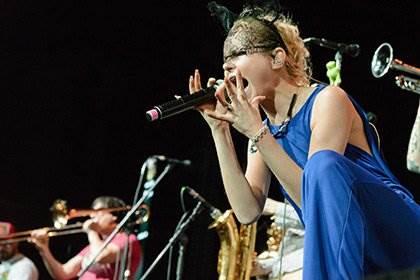 Альбом Алисы Вокс «Сама» оказался сборником каверов песен украинской группы