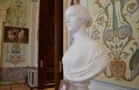 Эрмитаж. Зал галереи истории древней живописи. Скульптура