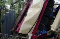 В Крыму автобус упал с обрыва фото и видео