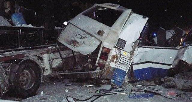 В Югре (ХМАО) разбился автобус с детьми. Фото и видео с места событий