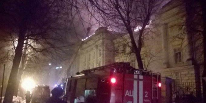 Пожар в детской больнице в Твери 24.02.2017 фото