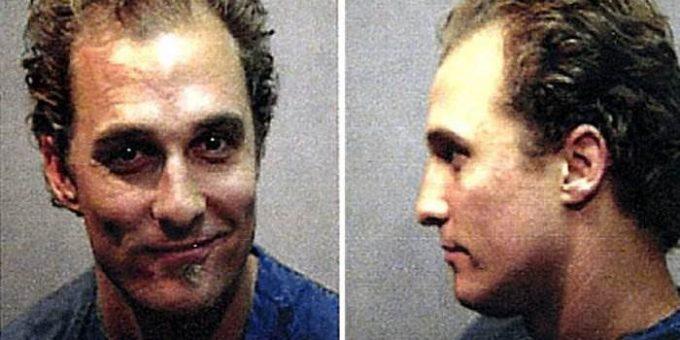 Реальные полицейские фото арестованных актёров (22 фото)