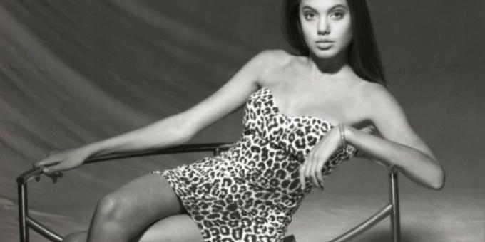 Анджелина Джоли тогда и сейчас (10 фото)