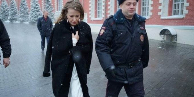 На Ксению Собчак напали в Москве за Жириновского