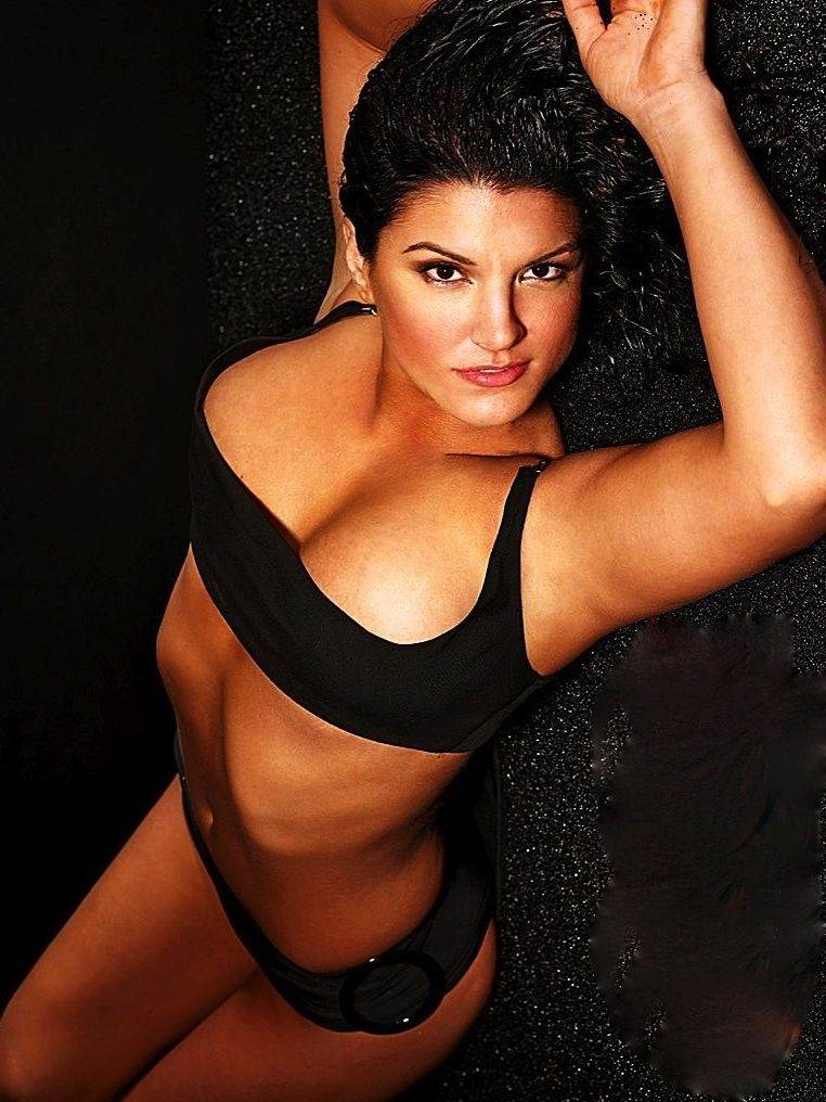 gina-carano-booty-nude-biker-babes-pictures